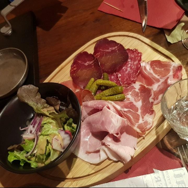 La Trappeur Les Deux Alpes Top 5 Restaurants Raclette Ham