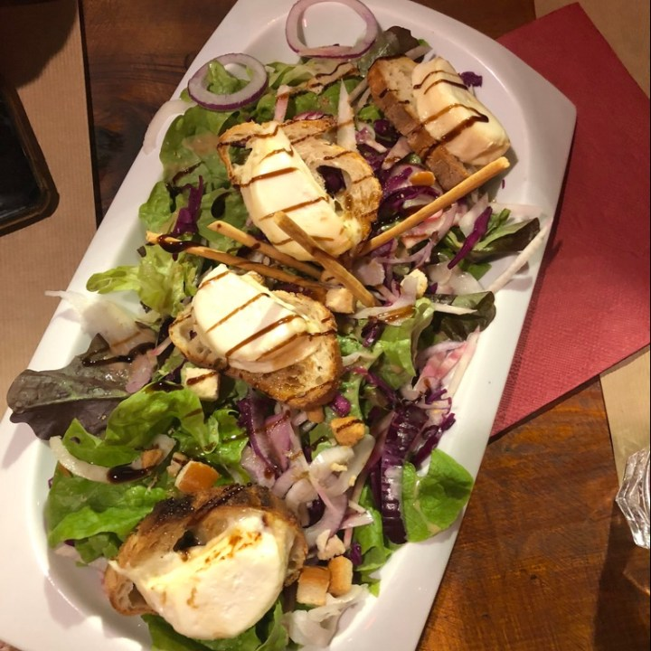 La Trappeur Les Deux Alpes Top 5 Restaurants Goat Cheese Salad