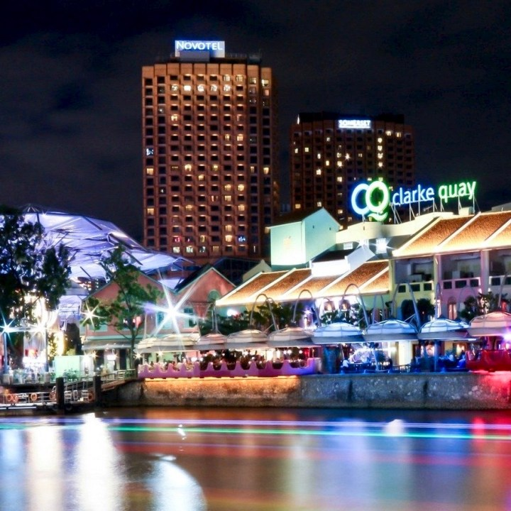 Holiday Singapore Itinerary Travel Tips Clarke Quay Drinks Nightlife