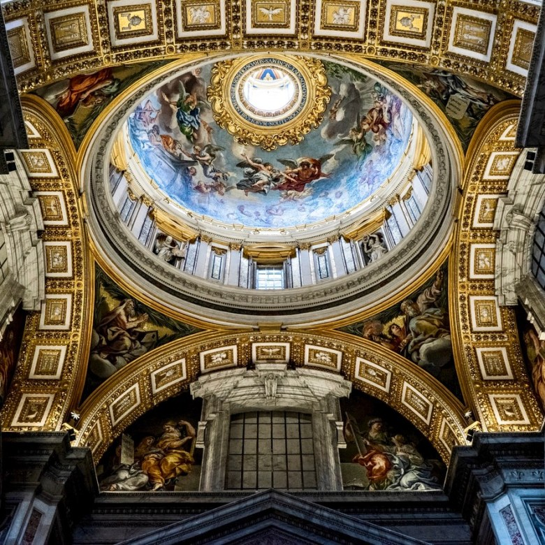 Rome Travel Itinerary Travel Tips Vatican City St Peter Basilica Inside