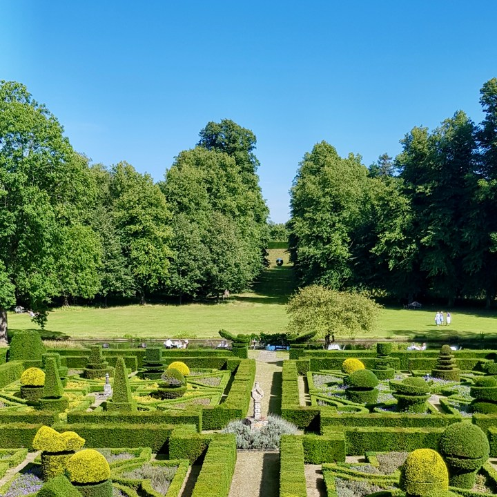 Great Fosters Luxury Country Home Weekend Retreat Central London Hotel Review Knot Gardens