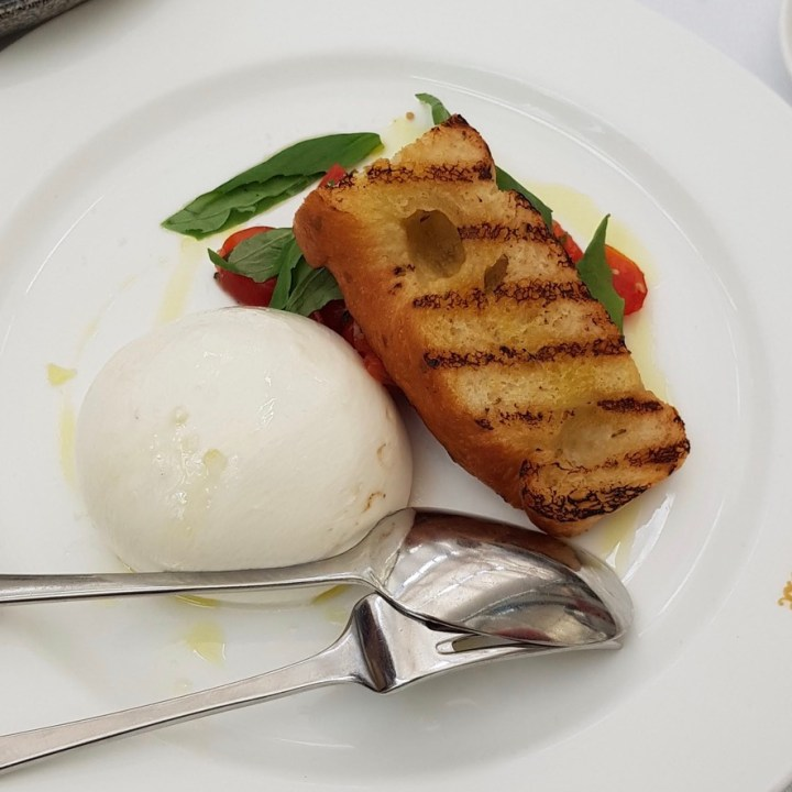 Daphne's Classic Italian Restaurant South Kensington Burrata Datterini Basil Foccacio
