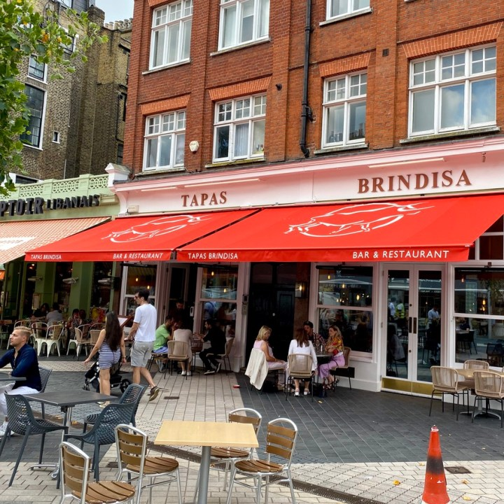 Tapas Brindisa Spanish Restaurant South Kensington Dog Friendly Al Fresco Review Front