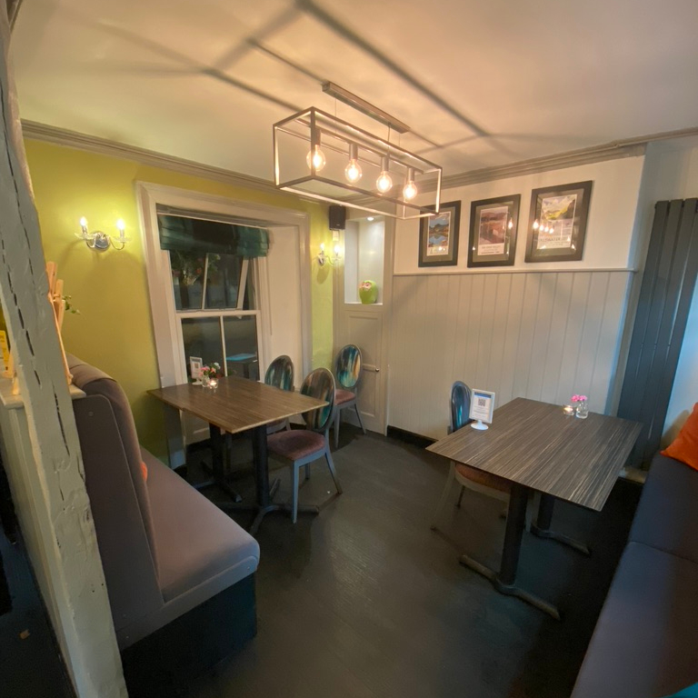 Porto Restaurant Bowness Lake Windermere District Dinner Alfresco Review Ground Floor