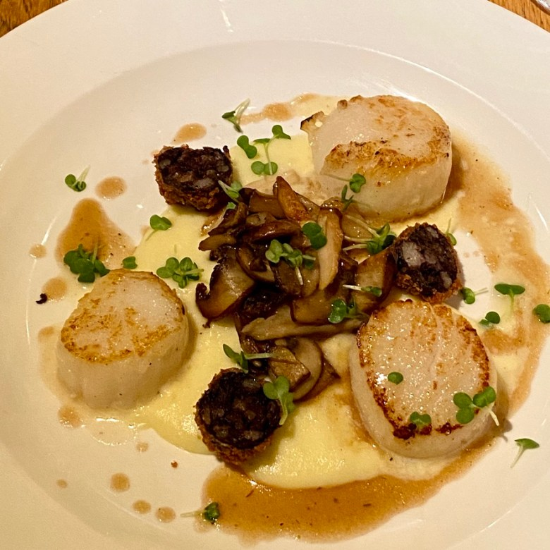 Romantic Cosy Dinning Stratford Upon Avon British Restaurant Scallop