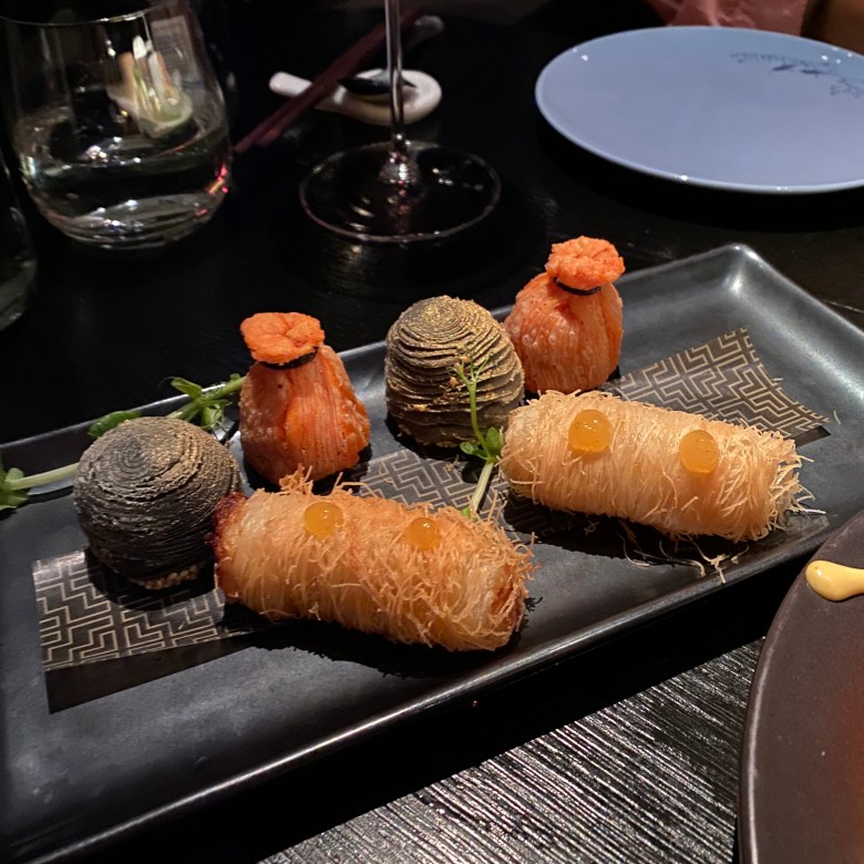 Hakkasan Hanway Place High End Luxury Chinese Cantonese London Funky Hip Trendy Restaurant Michelin Star Traditional Romantic Dining Fun Club Experience Peking duck Cocktail Bar Drinks Great Service Must Go Classy Baked Dim Sum