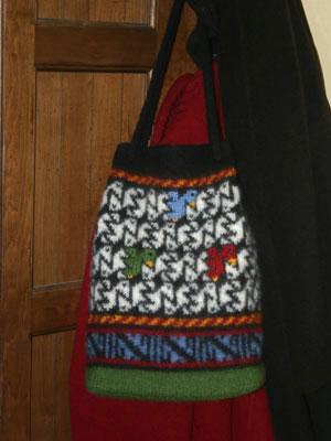 Birds of All Feathers Bag, by Mary Ann Stephens, copyright 2009