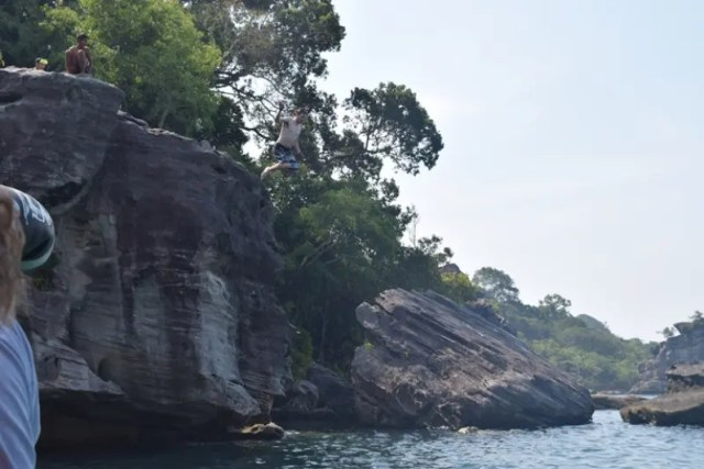 Jumping from Elephant Rock