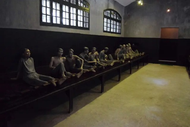 Hanoi Hoa Lo Prison Vietnam Backpacker's Guide to Vietnam