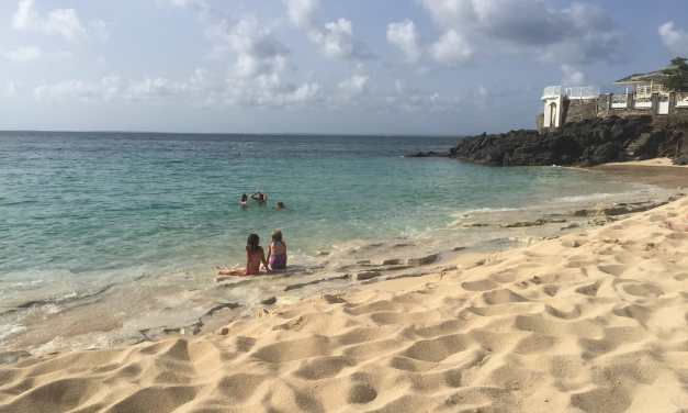 Scam Alert: Massages at Baie Rouge Beach, St. Martin