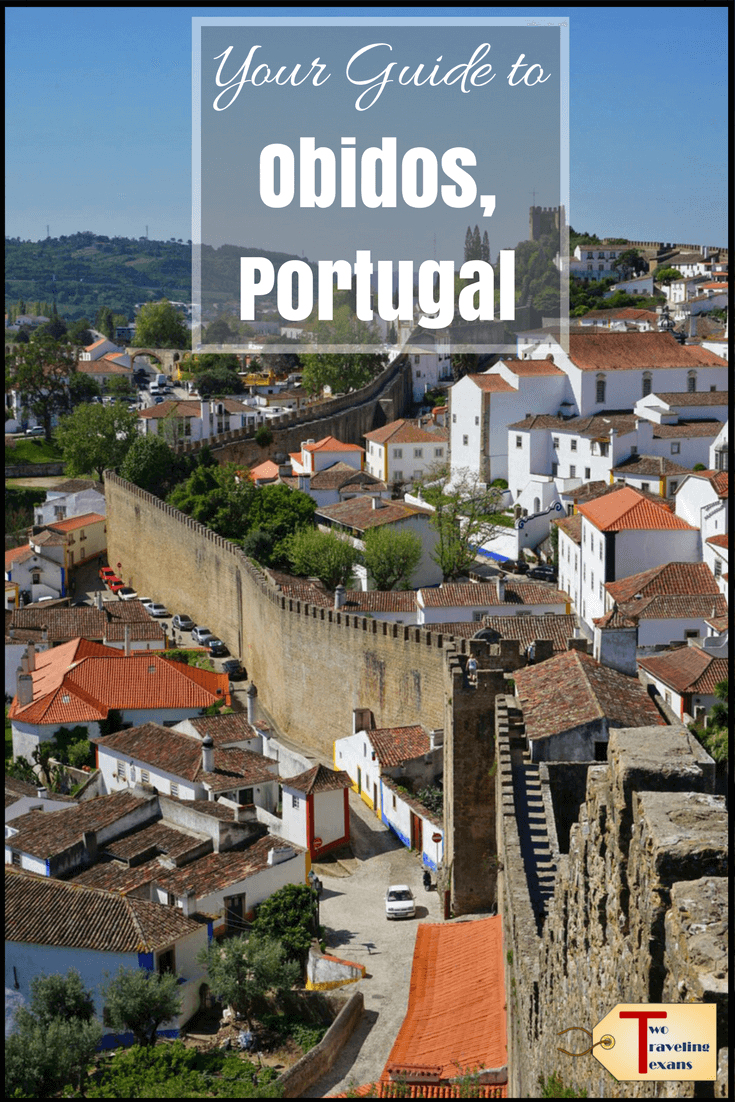Looking for a day trip from Lisbon? Obidos is beautiful walled city less than an hour away.  Click to read more about Obidos history, things to do in Obidos, and how to get to Obidos from Lisbon. | Obidos Portugal Medieval | Obidos Castle #obidosportugal #Lisbondaytrip
