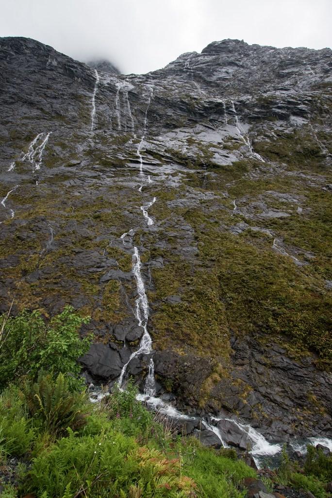 Veinlike Waterfalls