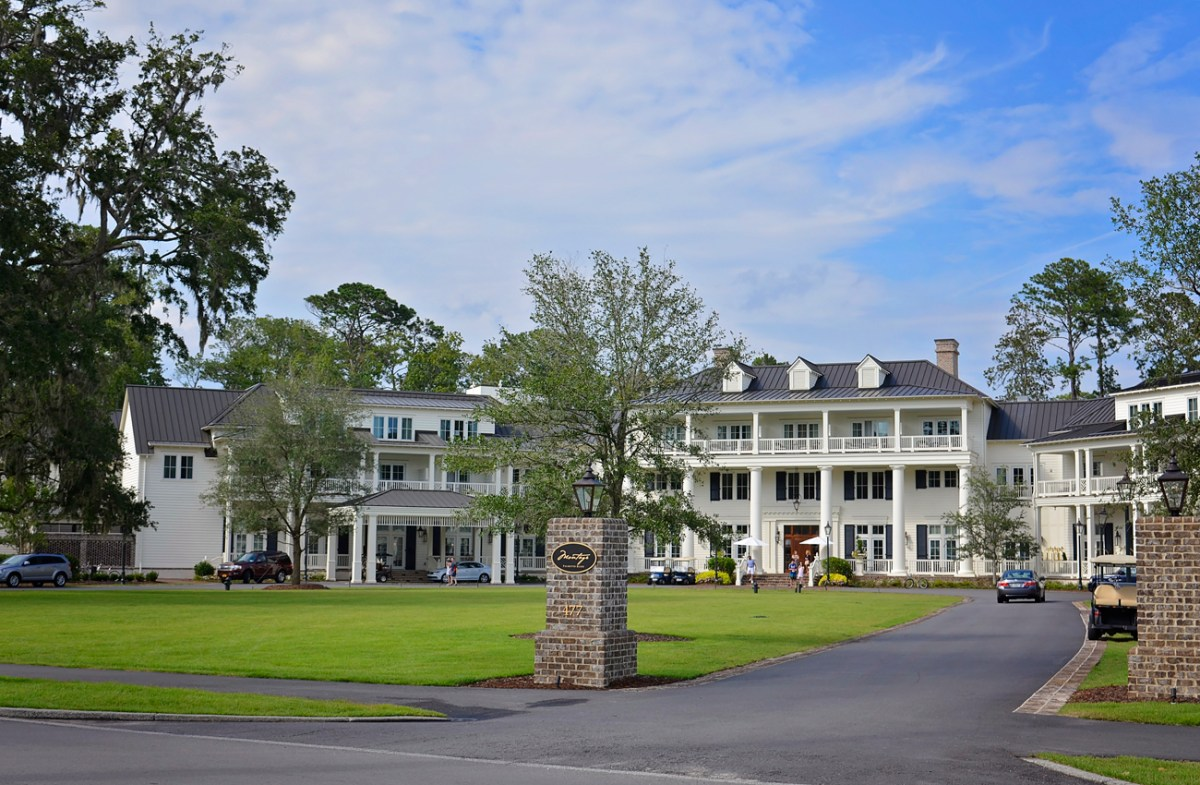 Luxury Accommodation: Montage Palmetto Bluff