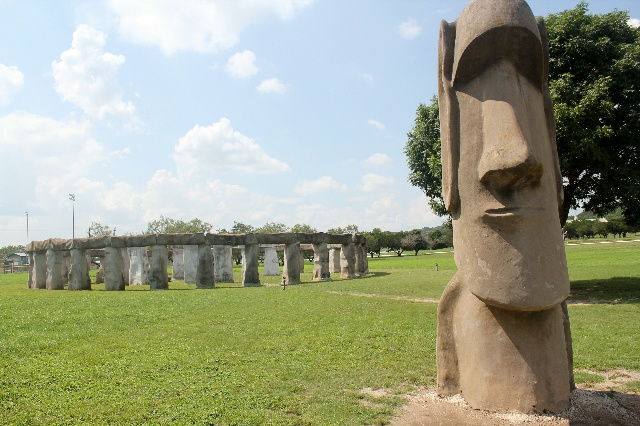 Easter Island Art Project