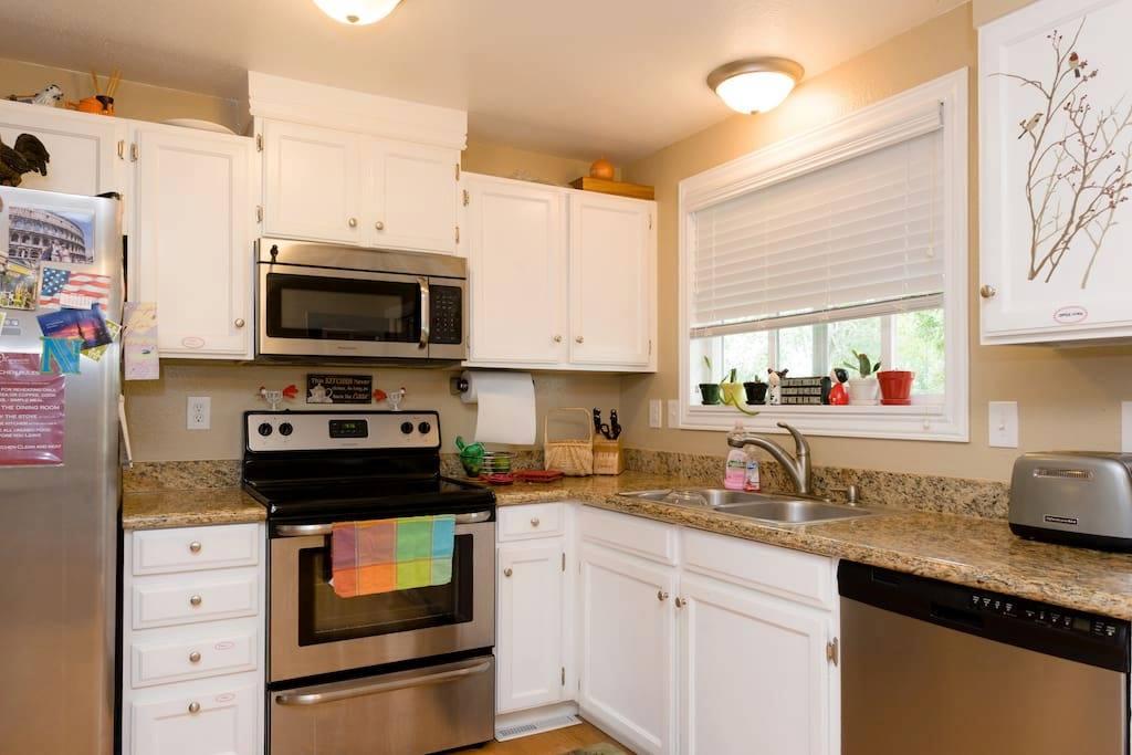 Olympus 132 Airbnb - kitchen.