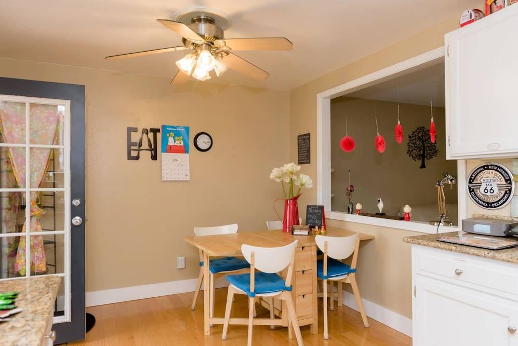 Olympus 132 Airbnb - dining area.