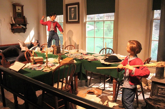 Abraham Lincoln Presidential Museum: inside law firm: Two Worlds Treasures