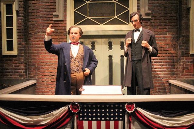 Abraham Lincoln Presidential Museum: Abe & Douglas debate: Two Worlds Treasures
