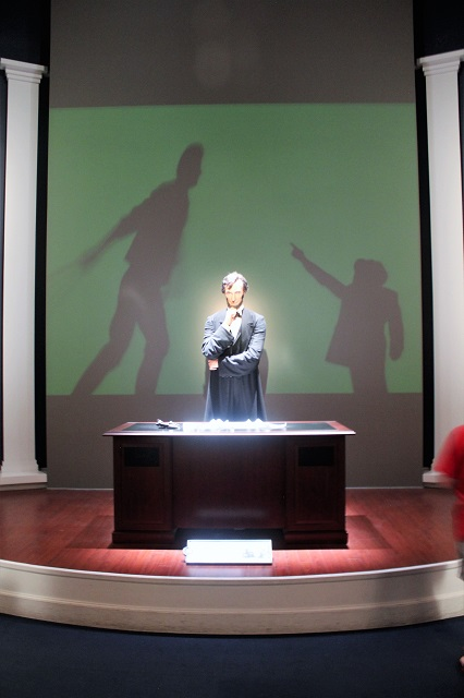 Abraham Lincoln Presidential Museum: Emancipation exhibit2: Two Worlds Treasures