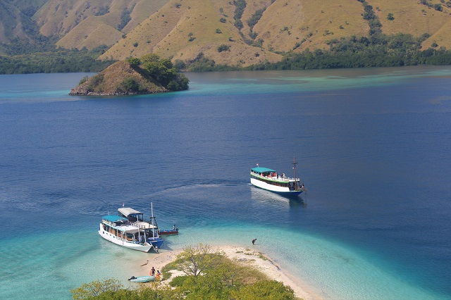 Island Hopping in Flores, Indonesia – Day 1