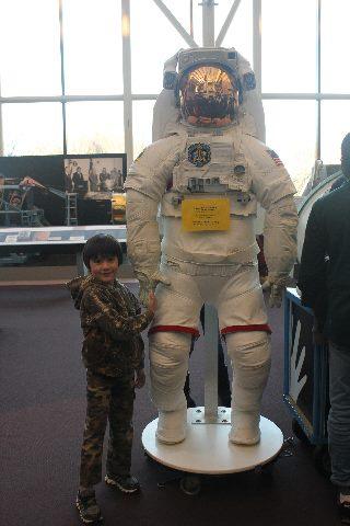 Visiting Washington, D.C. during Christmas Break-spacesuit