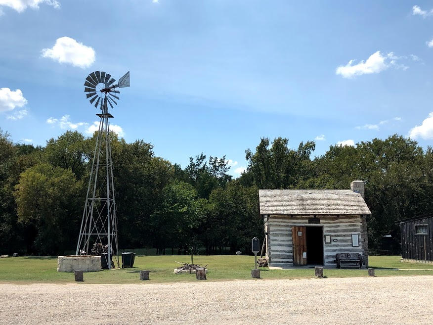 Quick Stops Between Fort Worth and Fredericksburg Texas