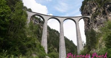 蘭德瓦沙拱橋 (Landwasser Viaduct)