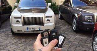 صورة أخرى مأخوذة من صفحة وسائل الاعلام الاجتماعية من أكرم جديد يظهر تتمتع ثروة لا تصدق بينما كان يعيش في باريس
