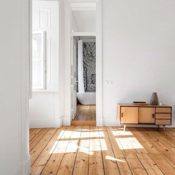 Wooden oak flooring - 4 Steps To sanding your own hardwood floors