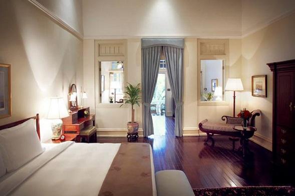 (7) Raffles Hotel Singapore