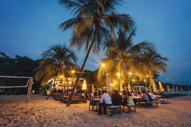 Beach Dining Area | Photo Credits: Simplifai Studios