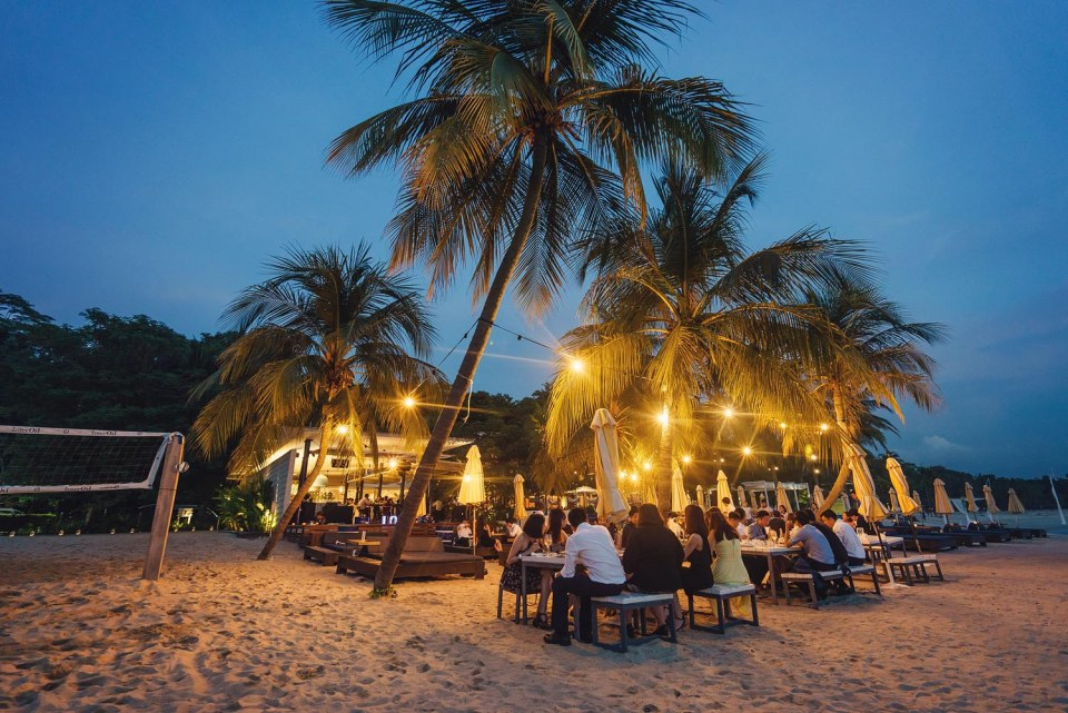 Beach Dining Area   Photo Credits: Simplifai Studios