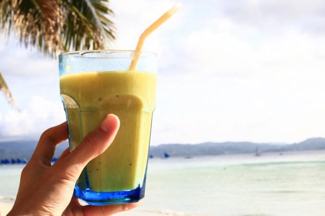Boracay honeymoon - Jonahs-Fruit-Shake