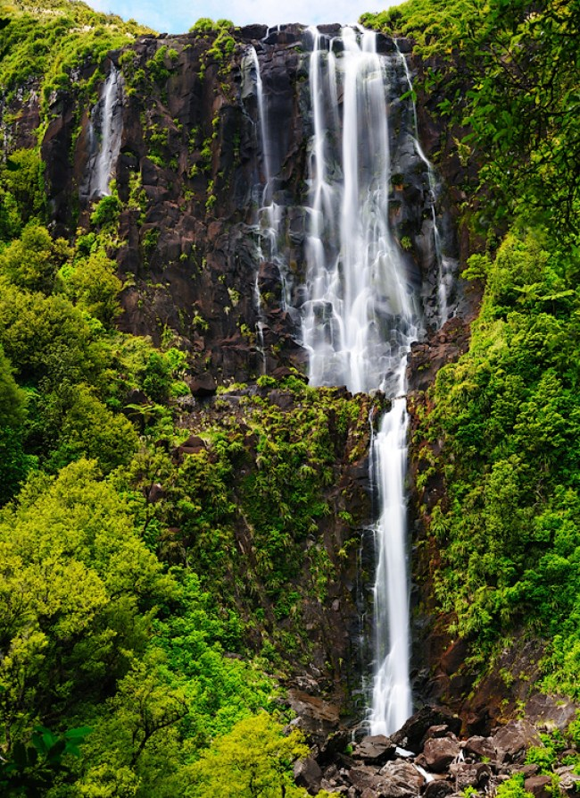 New Zealand Honeymoon_wairere-falls