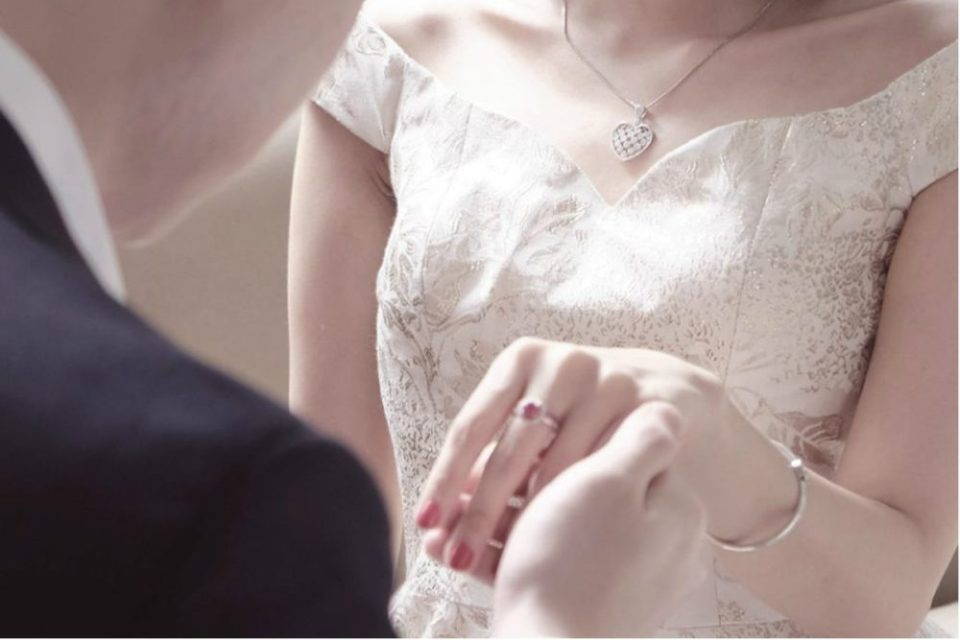 wedding rings indonesia - Adelle Jewellery
