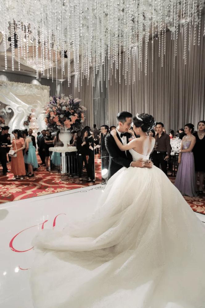 Wedding Venues Indonesia - Ritz-Carlton Jakarta - Bridestory