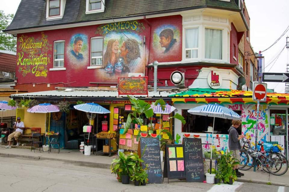 TorontoHoneymoon-keningstonmarket-Expedia