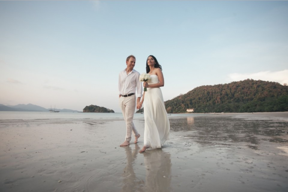 beach wedding venues malaysia - The Datai Langkawi - Jon Low Photography