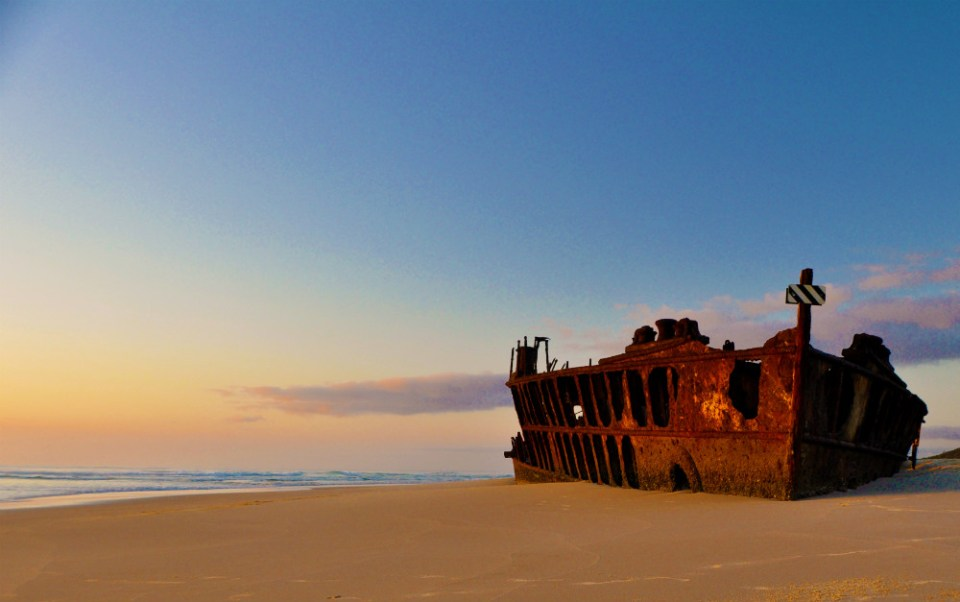 Australia Honeymoon Fraser Island Maheno Shipwreck