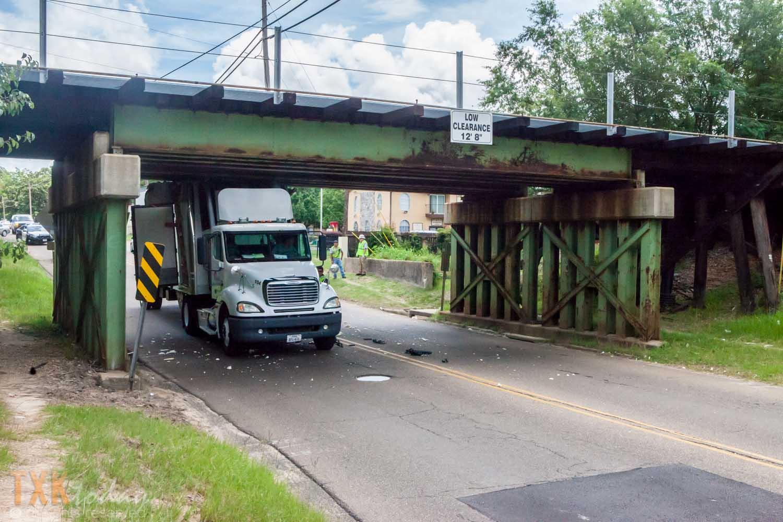 Semi Truck Strikes Railroad Bridge College Drive | Texarkana