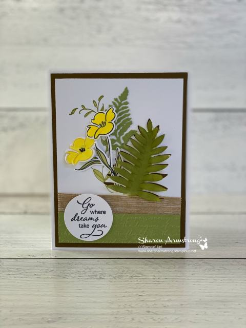 layered-greeting-card-with-leaves-and-yellow-flowers