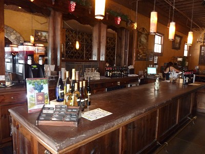 Landon Winery - McKinney - inside