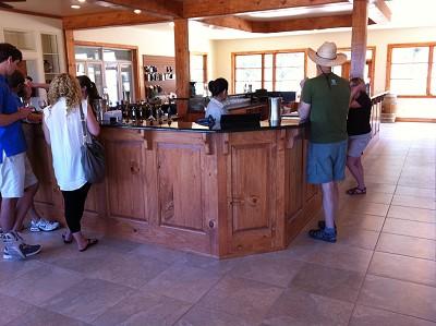 Pedernales - larger tasting bar