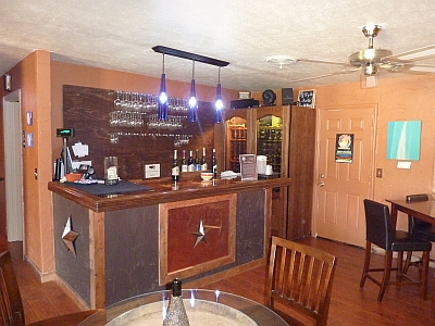 KE Cellars Winery - tasting bar