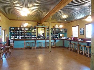 Fiesta Winery 290 - inside