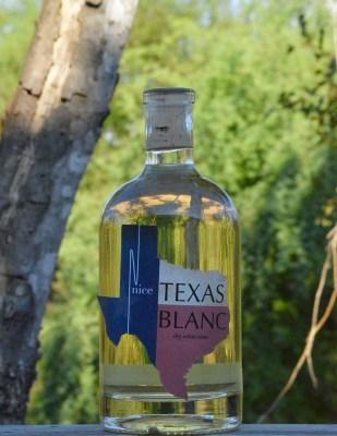 Nice Winery Blanc bottle