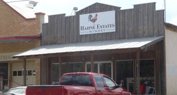 Hahne Estates Winery outside
