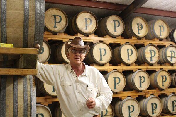 Pierre de Wet by barrels