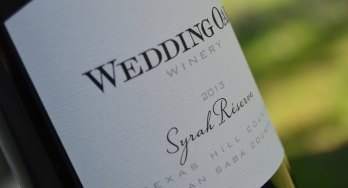 Wedding Oak Winery Syrah bottle