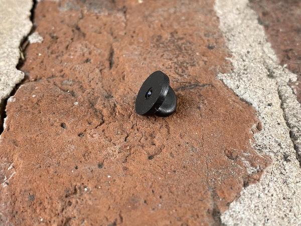 Black rubber clasp
